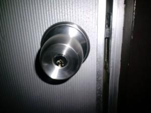 鍵開け(深夜の鍵開け、鍵交換もお任せください!)