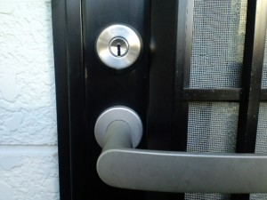 鍵交換(埼玉県戸田市で、鍵交換をしてきました。~勝手口も防犯には重要なポイントです~)